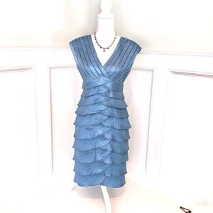 Stunning Adrianna Papell Cocktail Dress Blue Sz 6
